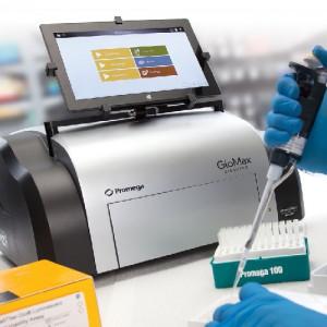 Life Science Prístroje - glomax, promega
